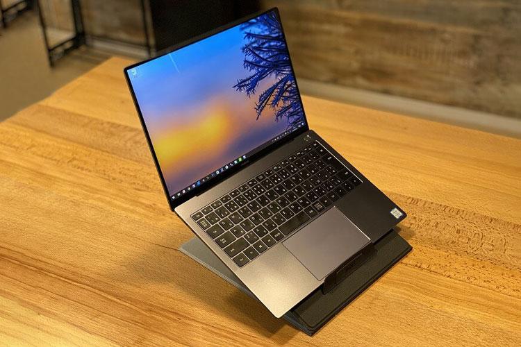 bàn laptop moft z